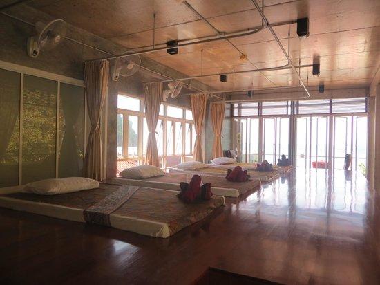Sand Sea Resort: Massage ruimte