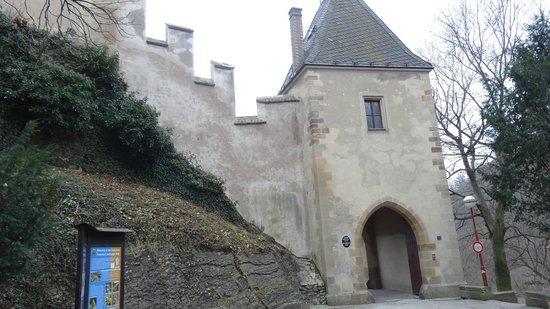 Karlstejn Castle: castle front