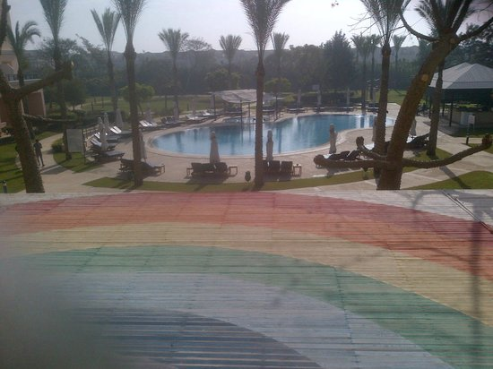 Novotel Cairo 6th Of October: Pool area