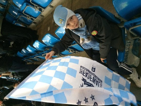Etihad Stadium: Raise yer flag.