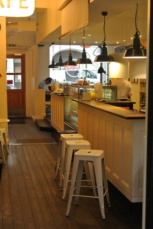City Backpackers Hostel: cafetaria