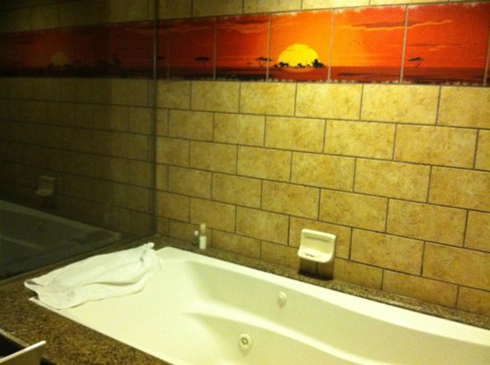 Disney's Animal Kingdom Villas - Kidani Village: Master Bath