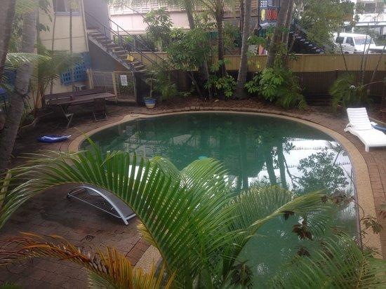 Njoy Travellers Resort : Njoy pool