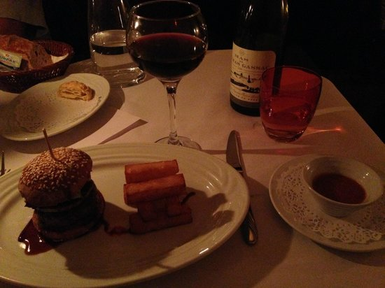 Brasserie Degas: Mini burger with foie gras