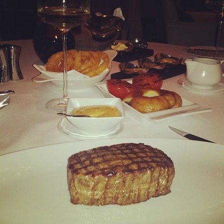 Rhodes Twenty10: steak
