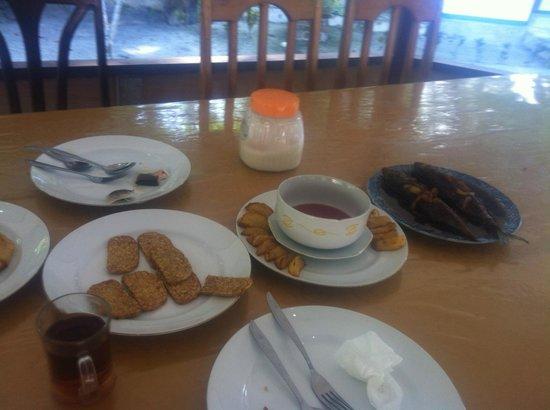Marley Beach Bungalows : Breakfast