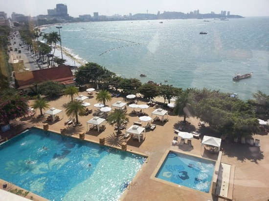 Dusit Thani Pattaya: view from Club floor