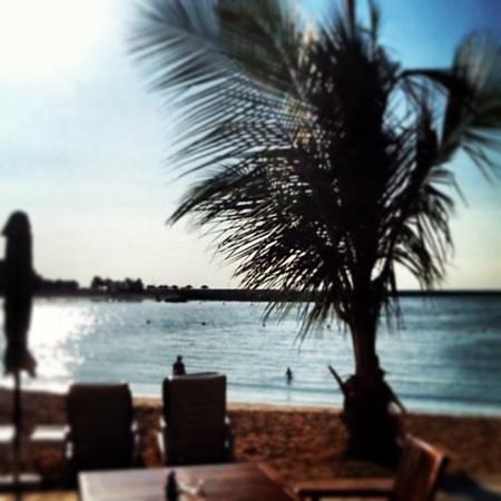 Hilton Ras Al Khaimah Resort & Spa : beach view from Dhow Bar