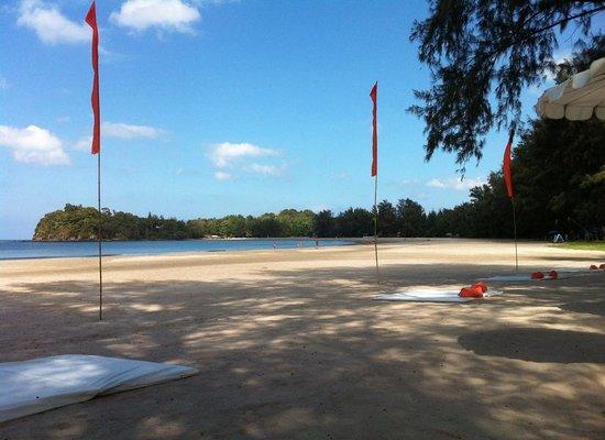 Costa Lanta: beach mattresses as well as sunbeds
