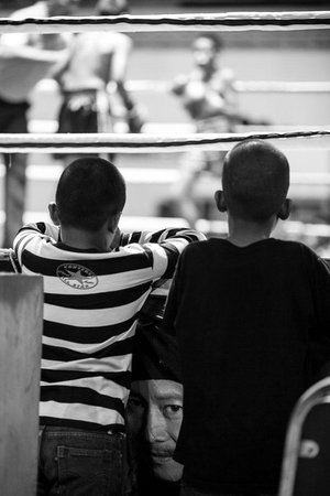Khao Lak Muay Thai: Young watching