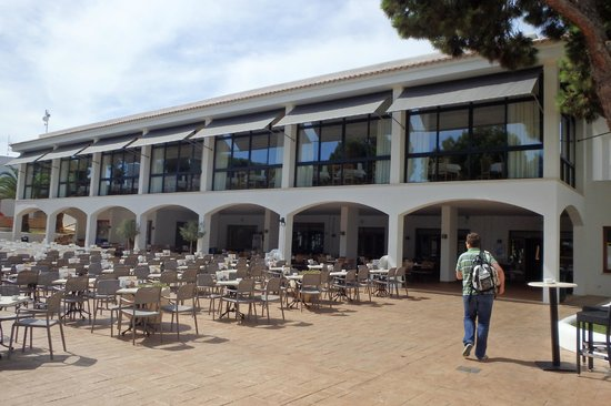 Inturotel Cala Esmeralda: Bâtiment principal (accueil, salle à manger)