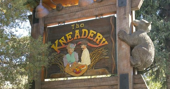 Kneadery: Sign