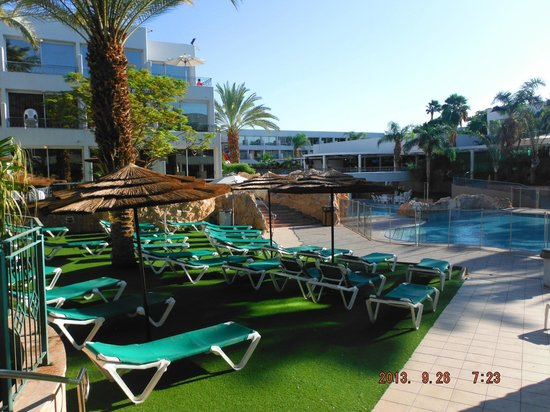 Leonardo Club Hotel Eilat : Towards the restaurant