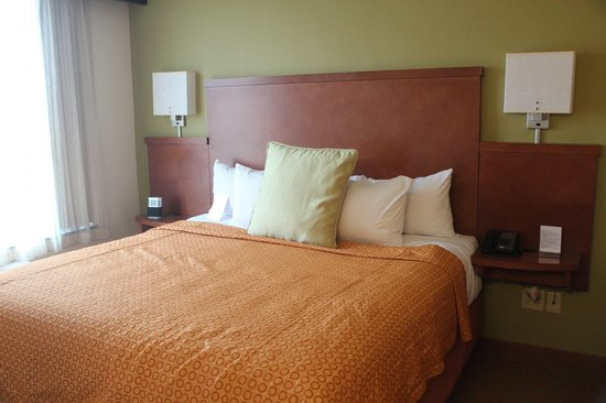 Hyatt Place San Antonio-North/Stone Oak: Comfortable Bed
