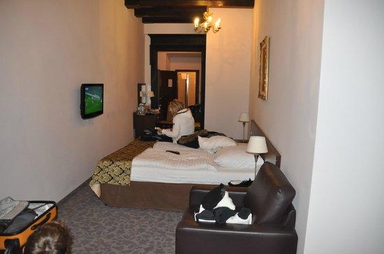 Rezydent Hotel : h