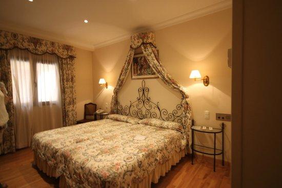 Hotel Dona Maria : двухместный номер