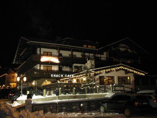 Hotel Alpi: Вечерний Alpi