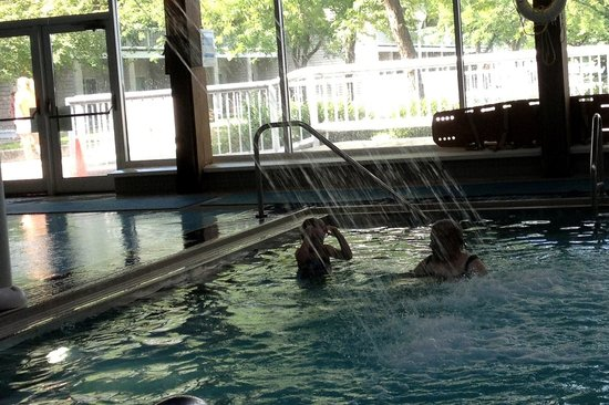 Maumee Bay Lodge and Conference Center: indoor pool