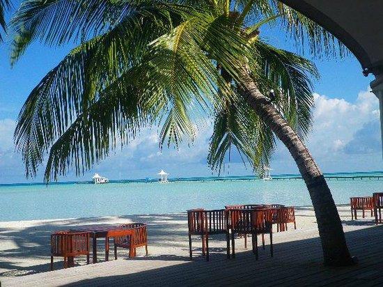 Cinnamon Hakuraa Huraa Maldives: vue du restaurant