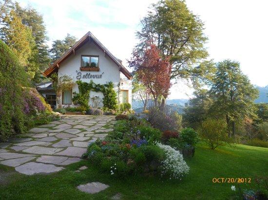 Increible vista picture of bellevue salon de ta queso for 7 salon bellevue