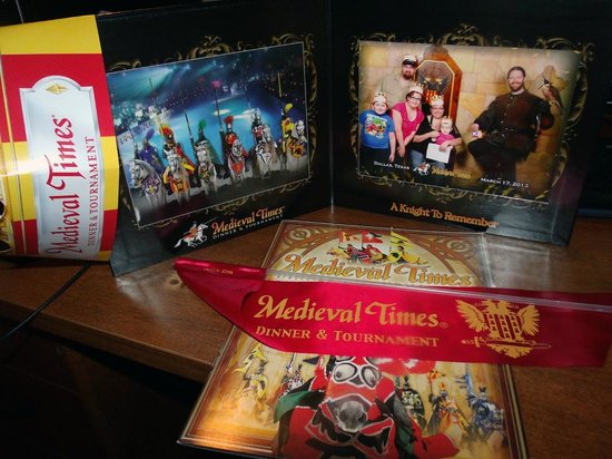 Medieval Times Dinner & Tournament: Memorabilia that came with our package