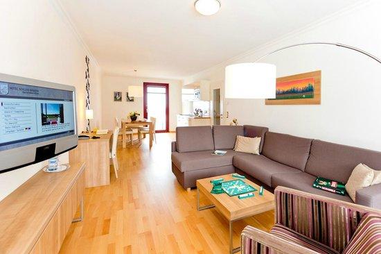 Hotel Schloss Ranzow: Wohnbereich im Seaside Studio