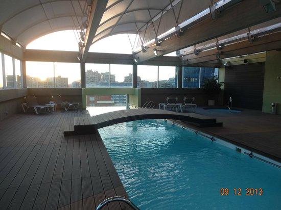 BEST WESTERN PREMIER Marina Las Condes: Piscina do Hotel