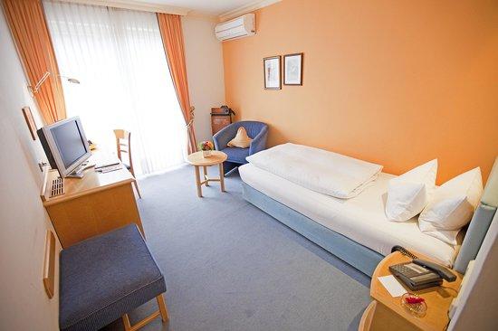 Hotel Krone: Einzelzimmer/Standard