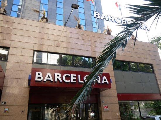 3k Barcelona Hotel: ホテル外観