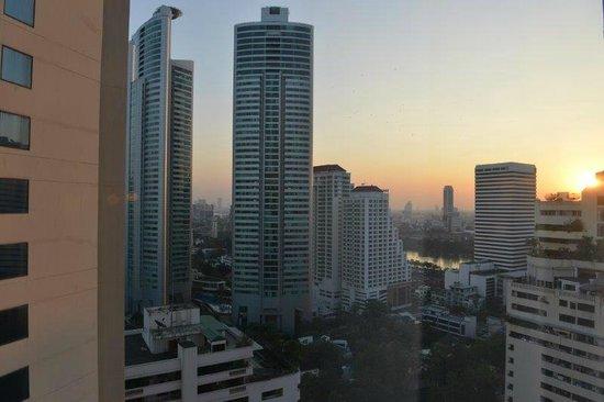 Rembrandt Hotel Bangkok : Aussicht aus dem 22. Stock