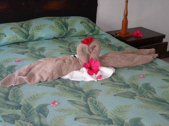 Augerine Guest House : Sängdekoration