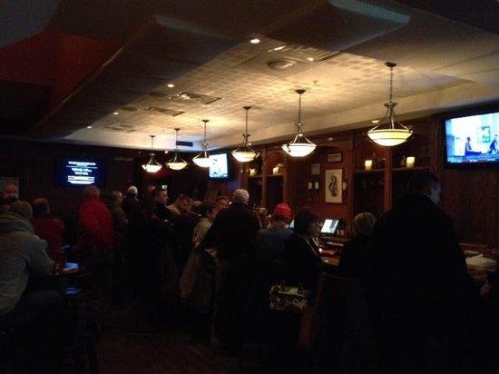 Mulconry's Irish Pub and Restaurant: Bar room