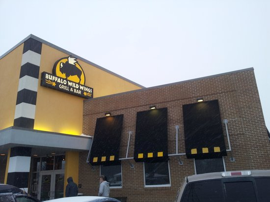 Buffalo Wild Wings - Baltimore Avenue, College Park, Maryland - Rated based on Reviews