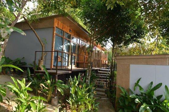Phi Phi Sea Sky Resort: Zimmer