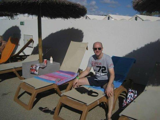 HD Beach Resort: Sunbeds