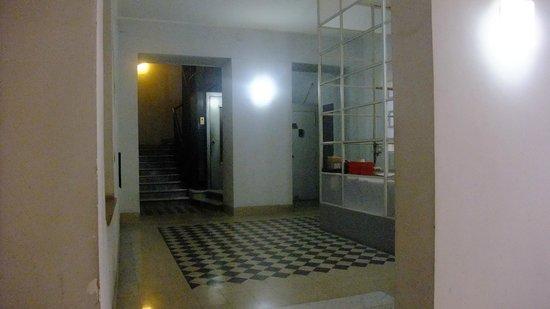 Inn Urbe Vaticano: Hall immeuble B&B