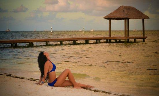 Occidental Costa Cancun: Пляж