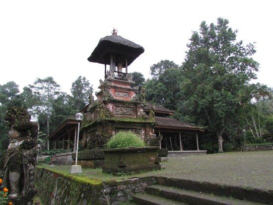 Luhur Batukaru Temple: Пура Бедукару внутри