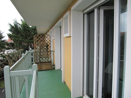 Hotel Aquitaine : балкон