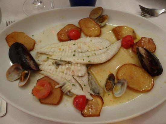 Osteria dei Cavalieri : Fisch in leichtem Weisswein, ligurische Art