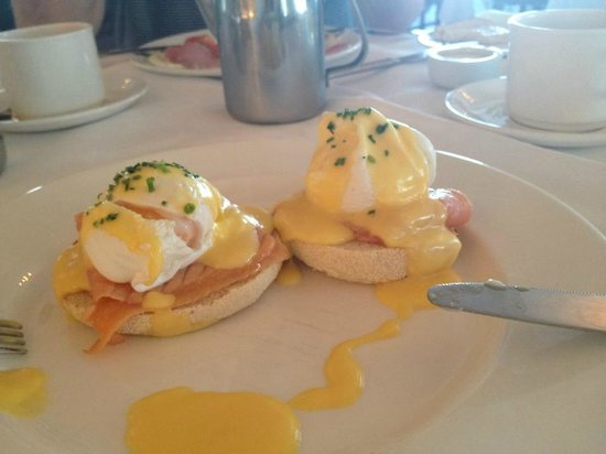The Headland Hotel & Spa - Newquay: Eggs Royale