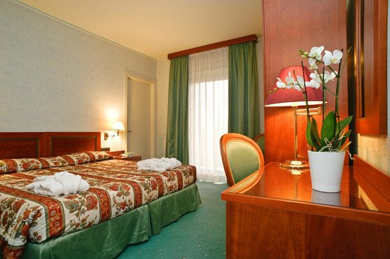 Hortensis Hotel: Camera matrimoniale