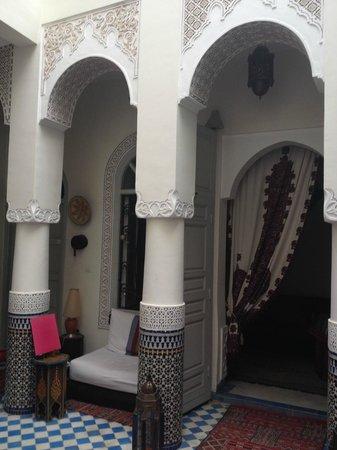 Riad Dollar Des Sables: Dans le patio du riad