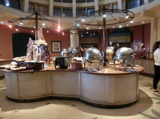 Miramar Resort Taba Heights: Büfett