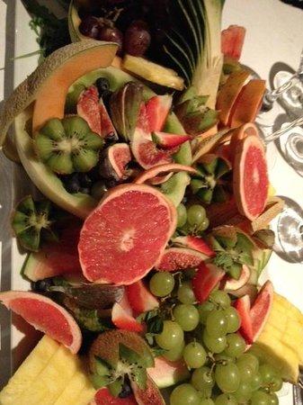 Messina : plateau de fruits pour accompagner fromages