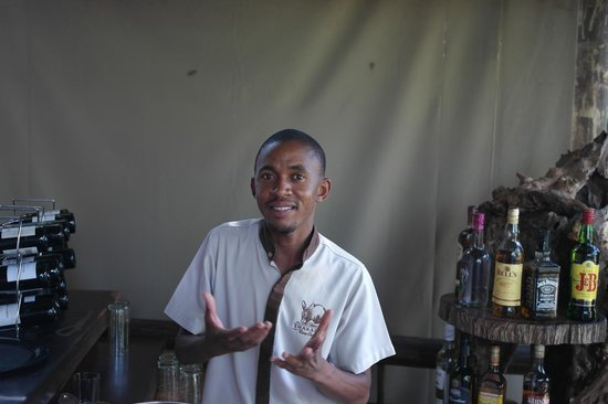Thakadu River Camp: lovely staff, this is joseph from the bar team
