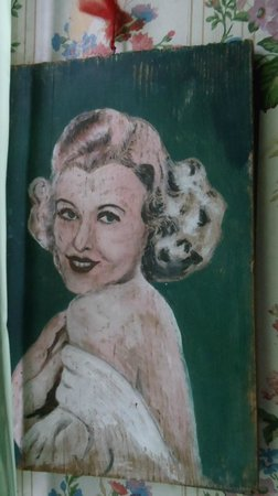Dolly's House Museum : A painting someone did of Dolly