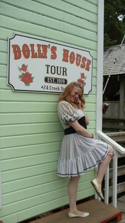 Dolly's House Museum: A sassy lass