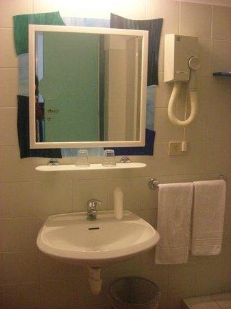 Hotel Cairoli : bagno