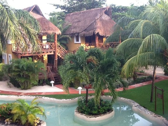 Mahekal Beach Resort: Garden view